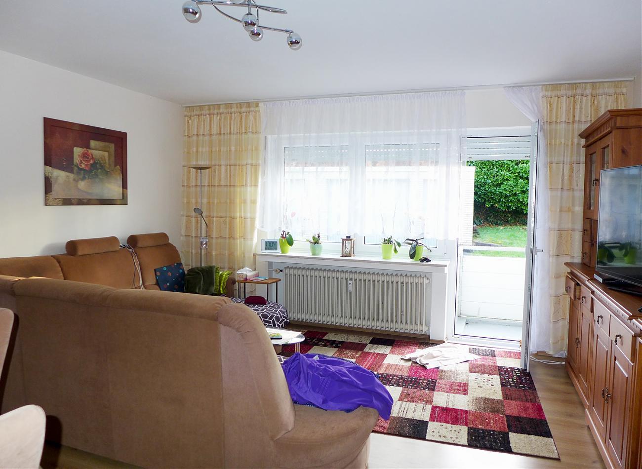 Wohnzimmer (EG rechts)